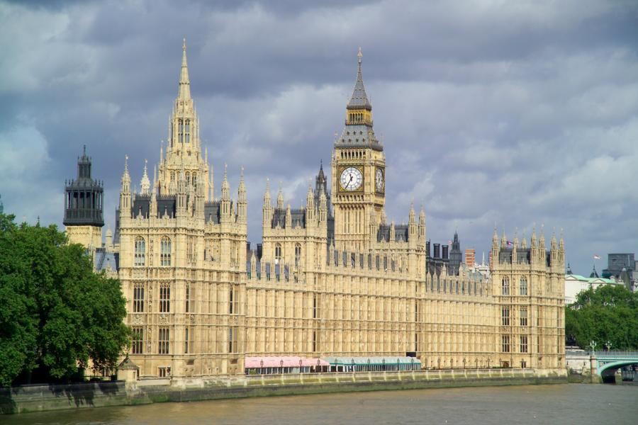 Palace of Westminster-FreeFoto.com